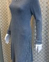 l/s dress w/lace detail