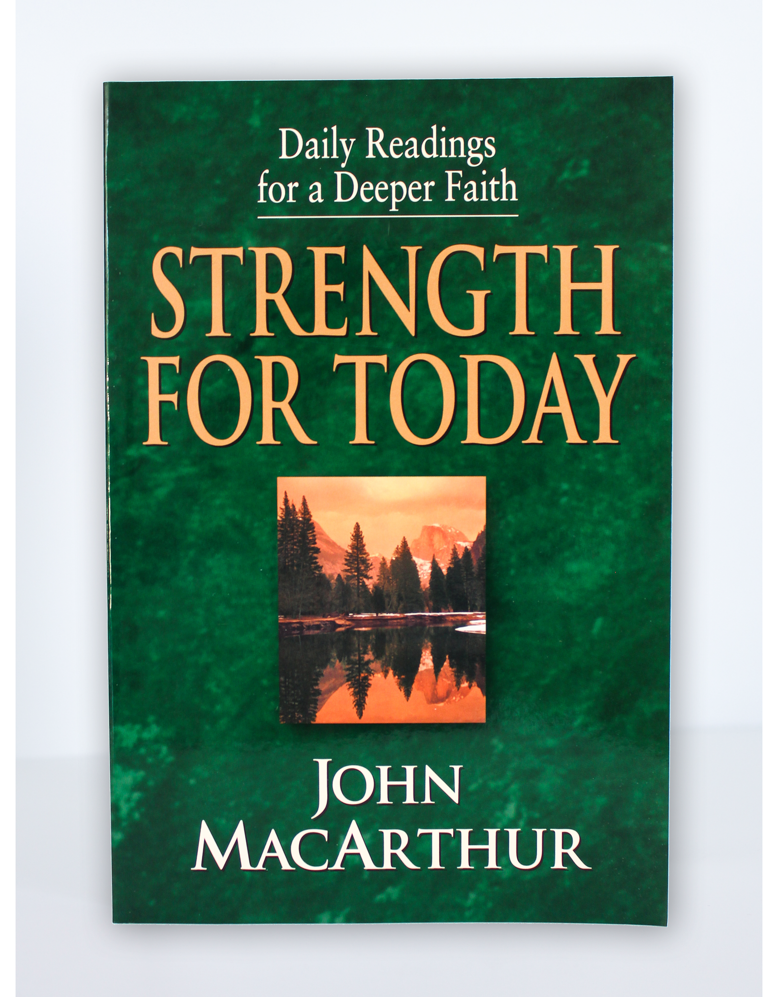 Crossway / Good News Strength for Today: Daily Readings for a Deeper Faith