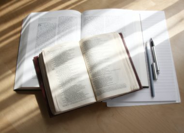 Bible Studies & Guides