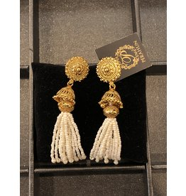 Perahun Gold with white bead dangling earing- 210009