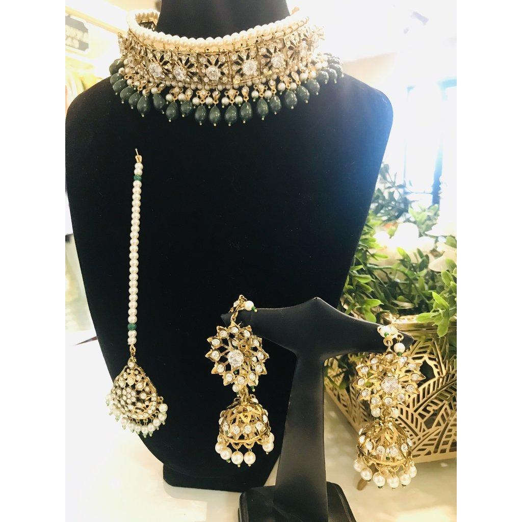 Perahun Hyderabadi antique jarawee lacha set-Emerald