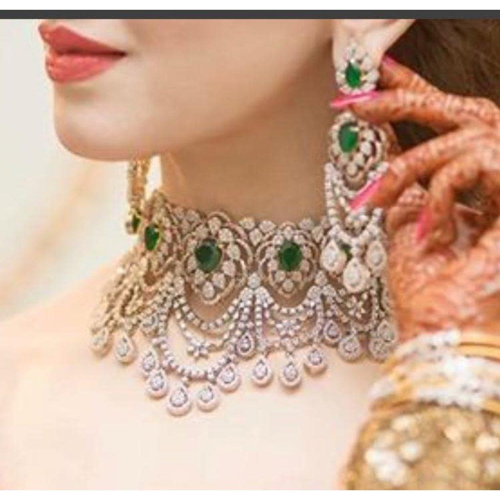 Perahun Emerald and Silver choker set-231000012