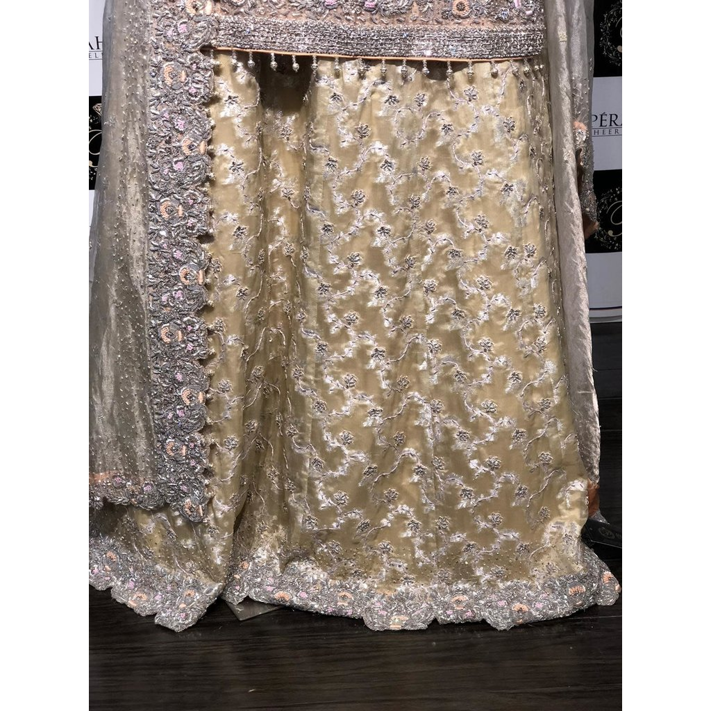 Perahun Peach and ivory cutwork Bridal Medium