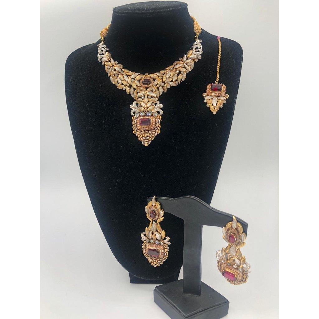 Nadia Chhotani Garnet and gold bridal set-ST1012