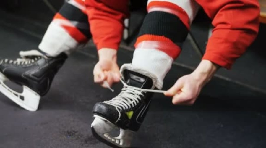 How to Tie Hockey Skates For Beginners