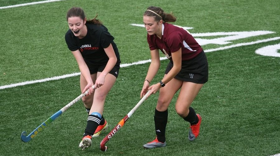 6 Tips to Properly Prepare for Field Hockey Preseason