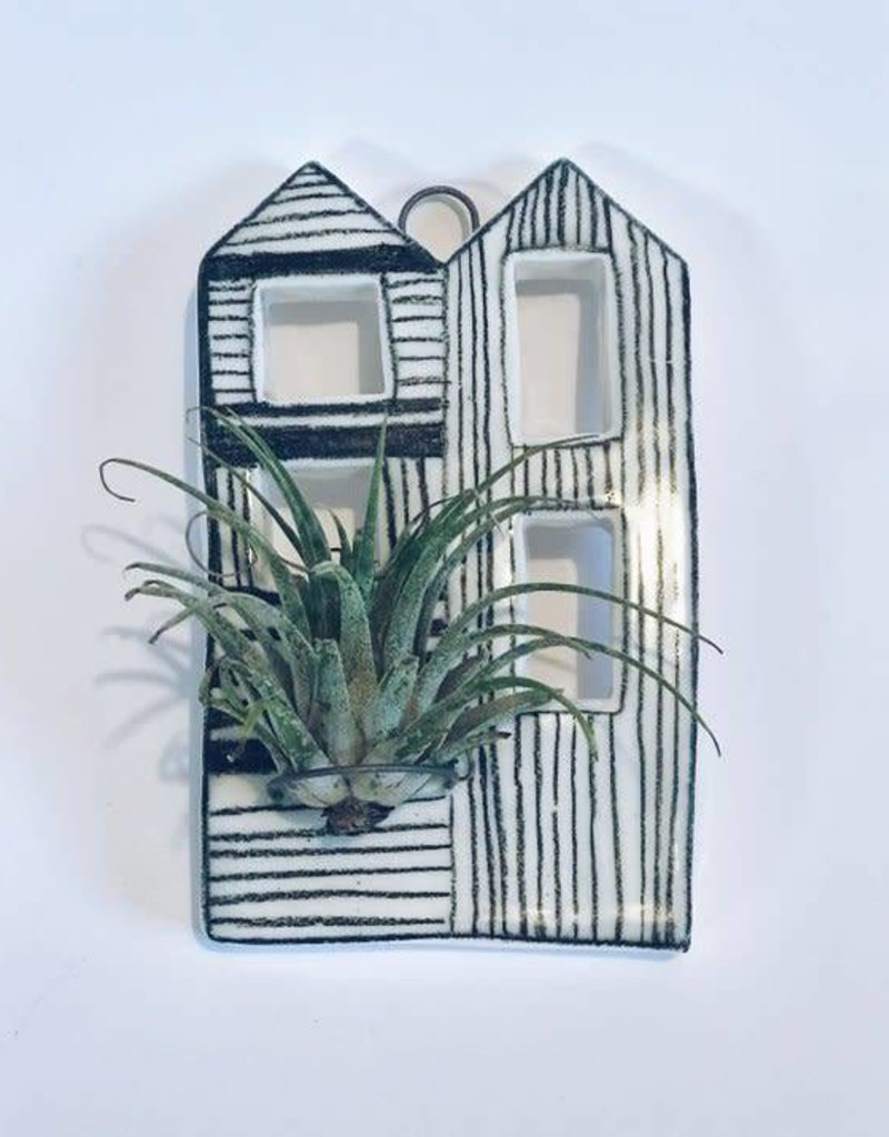 Casita Airplant Holder