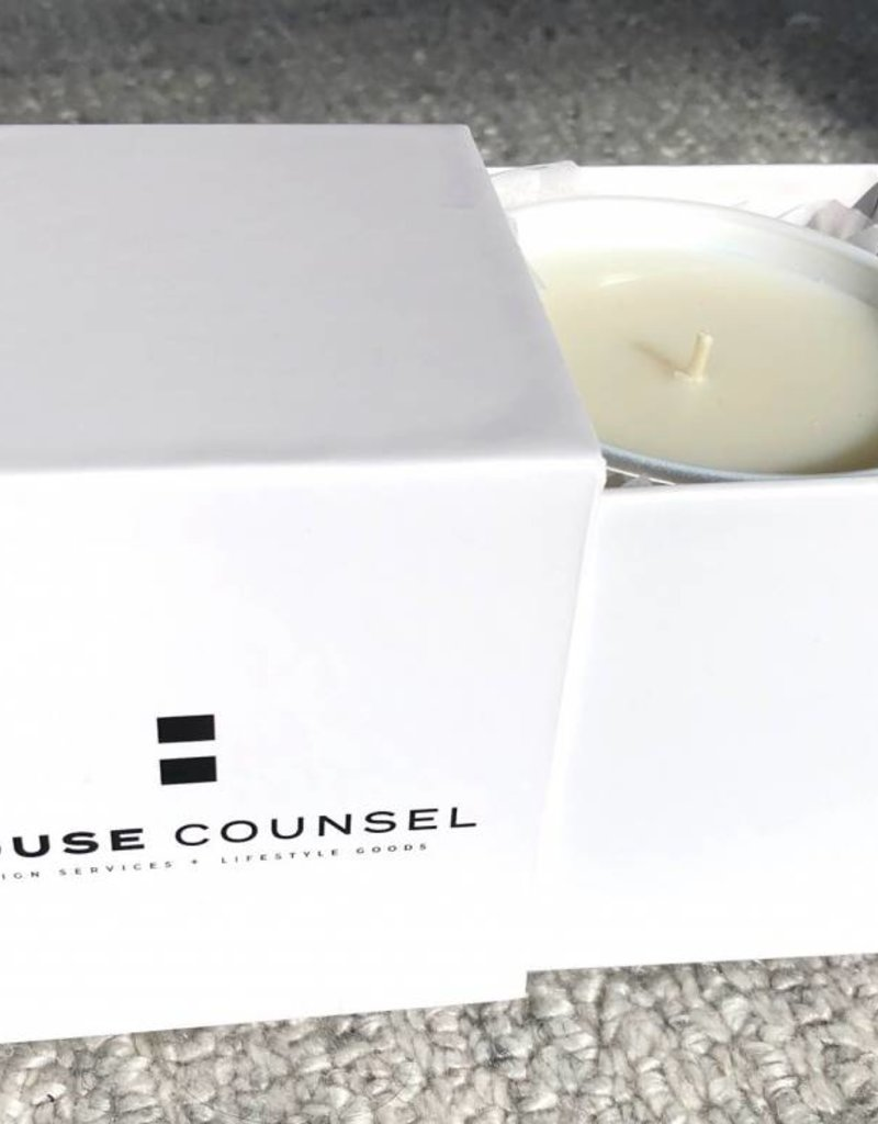 Intrigue Musk HC White Candle