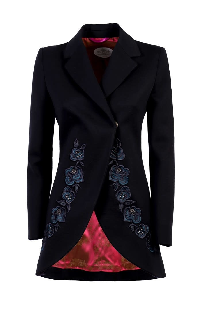 The Extreme Collection AINARA Embroidered Blazer