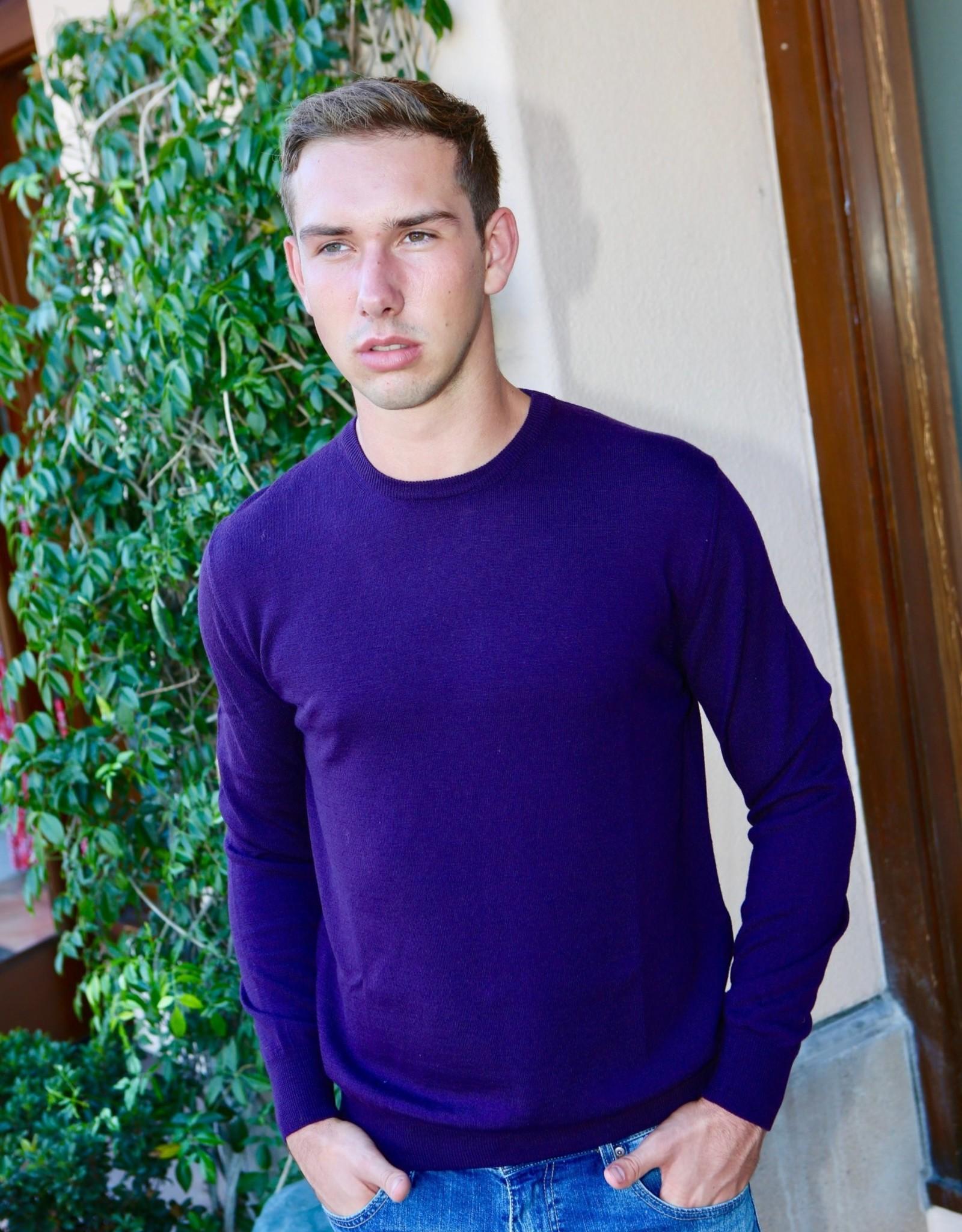 Umberto Vallati Crew Neck Extrafine Knit Sweater