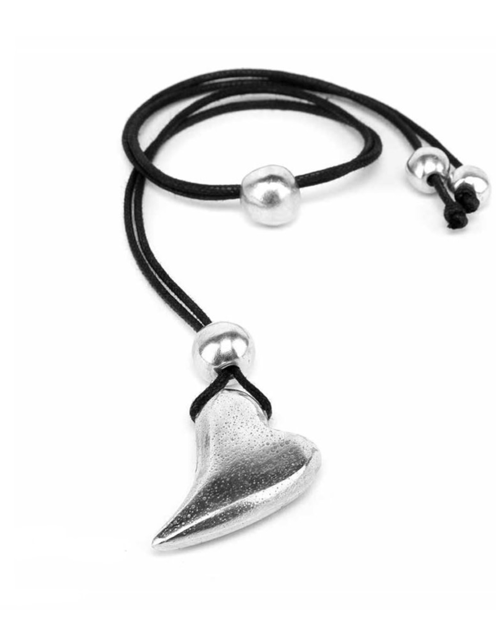 VESTOPAZZO Aluminum Elongated Heart Necklace