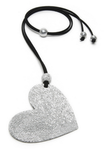 VESTOPAZZO Luces Heart Pendant Necklace