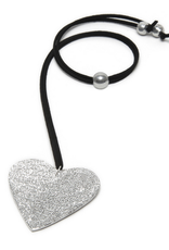 VESTOPAZZO Luces Short Heart Pendant Necklace