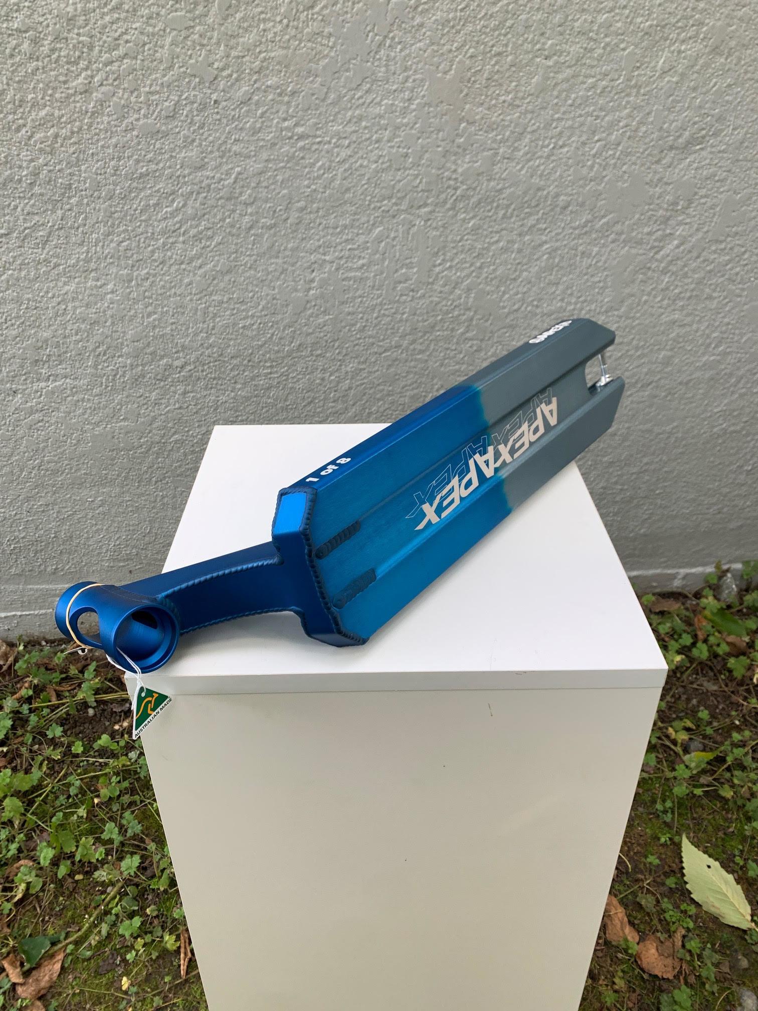 """APEXiD/LEGACY 5"""" X 580MM DECK - BLUE/GREY"""