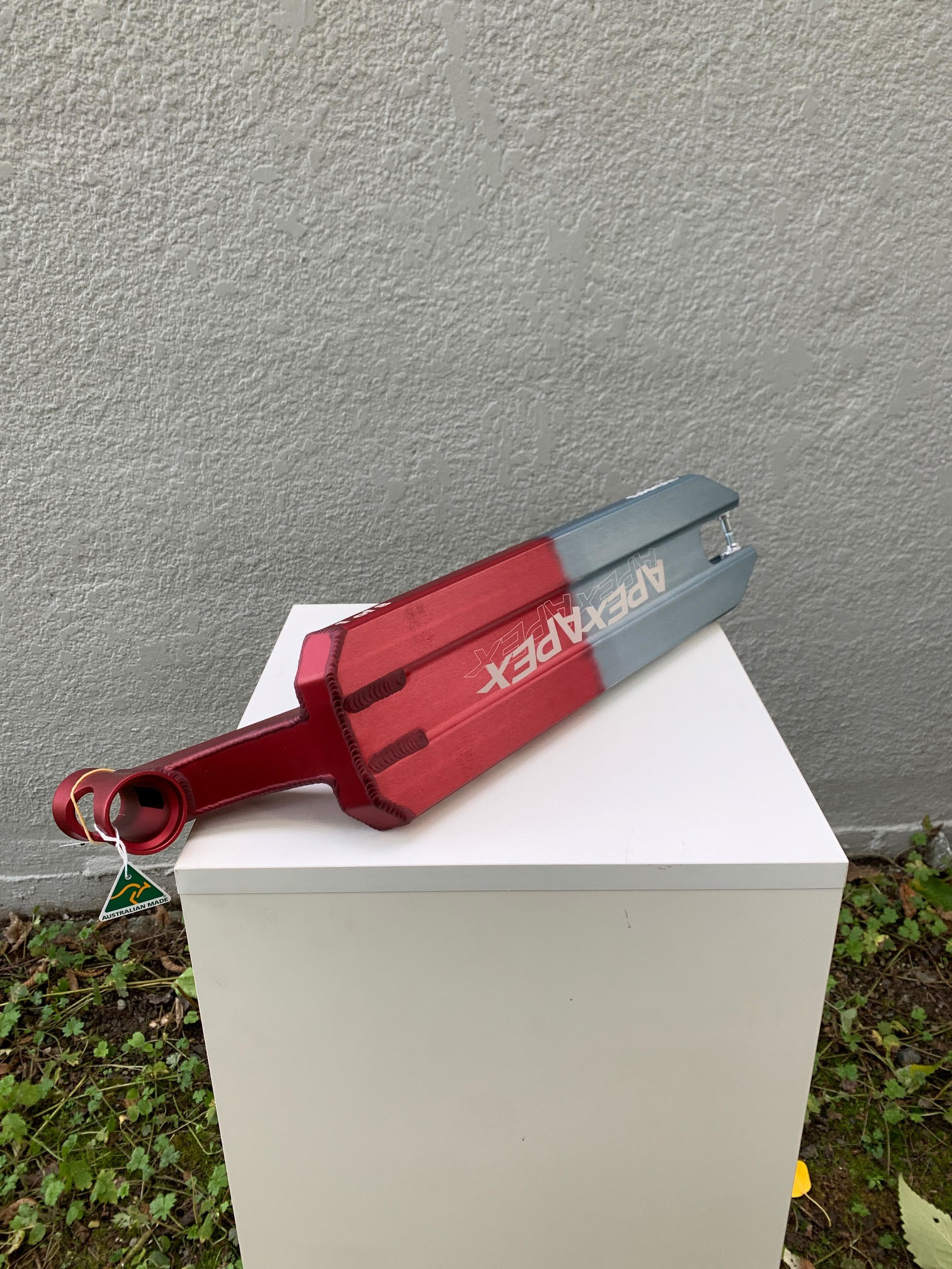 """APEXiD/LEGACY 5"""" X 580MM DECK - RED/GREY"""