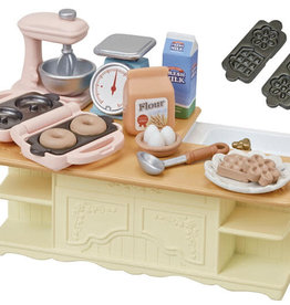 EPOCH Everlasting Play Kitchen Island: Calico Critters