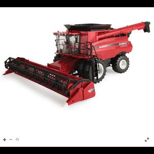 Case IH 8240 Combine W/3020 Grain Head