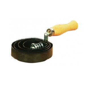 Metal Curry Comb - Round