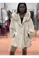 Di Bello Di Bello Tess Alpaca cape with fur