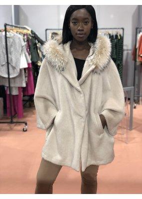 Di Bello Tess Alpaca cape with fur