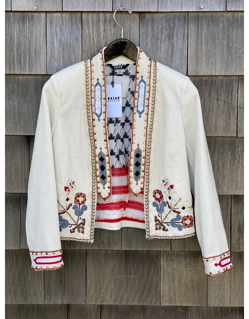 Bazar Deluxe Bazar Deluxe Embroidered Cropped jacket