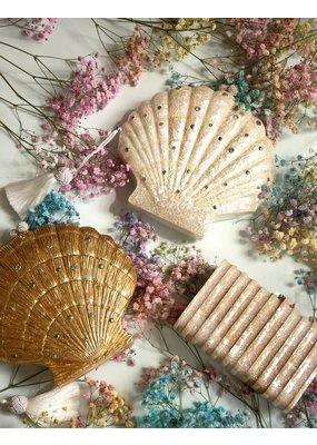 Emm Kuo Le Sirenuse Scallop Clutch