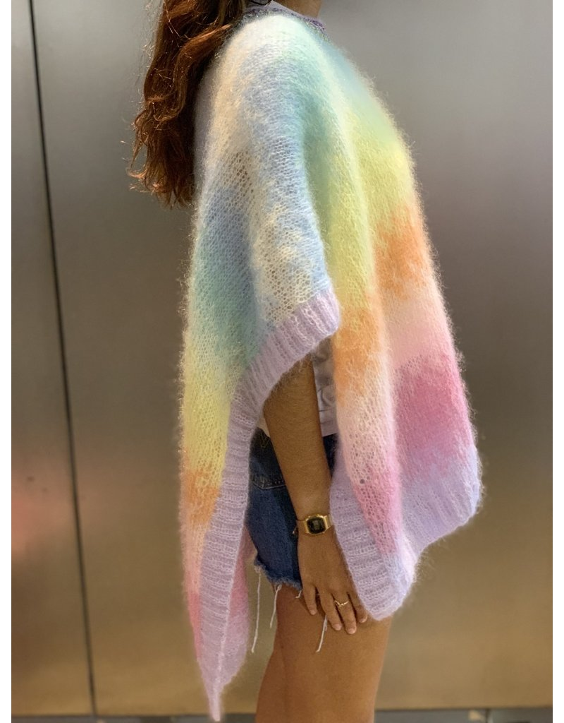 Rose Carmine Rainbow Poncho