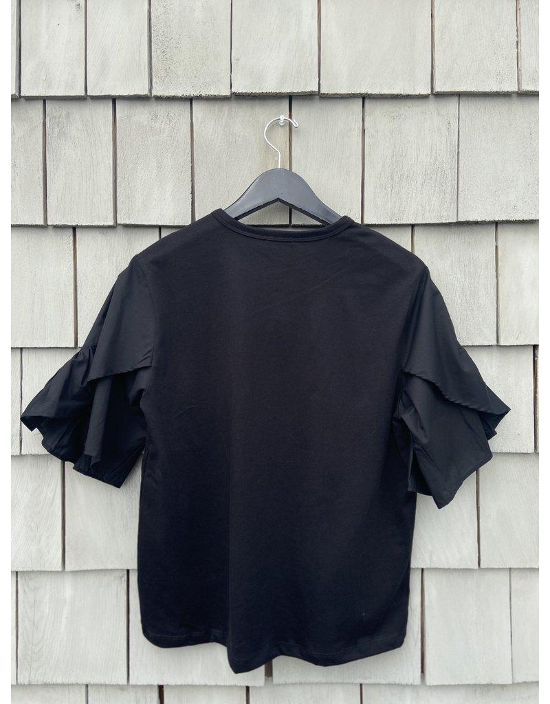 Clu Clu Ruffle Sleeved Top