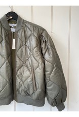 Clu Clu Light Weight Quilted Bomber Jacket