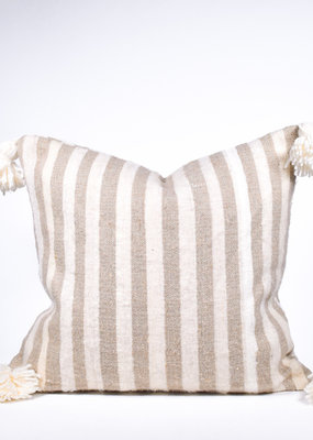 rug & weave Moroccan Pom Pom Pillow