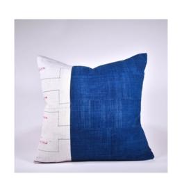 rug & weave Vintage Hmong/Indigo Pillow