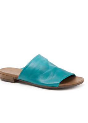 "Bueno Bueno ""Turner"" Slide in Turquoise Leather"