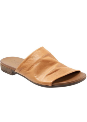 "Bueno Bueno ""Turner"" Slide in Tan Leather"