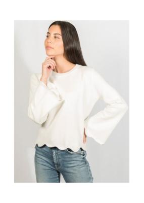 Lyla & Luxe Sofia Scallop Hem Sweater White