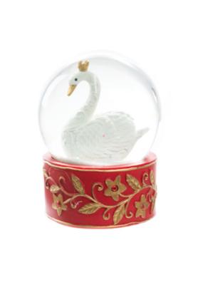 Seven Swans Snowdome