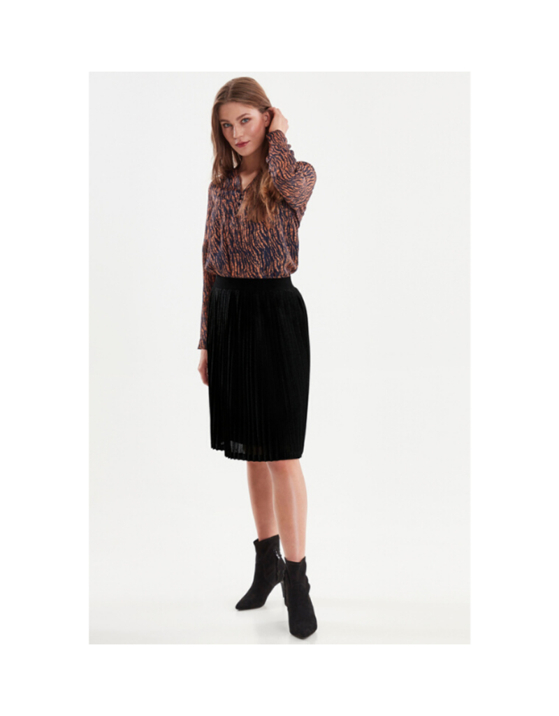 ICHI ICHI Yiris Knitted Skirt Black