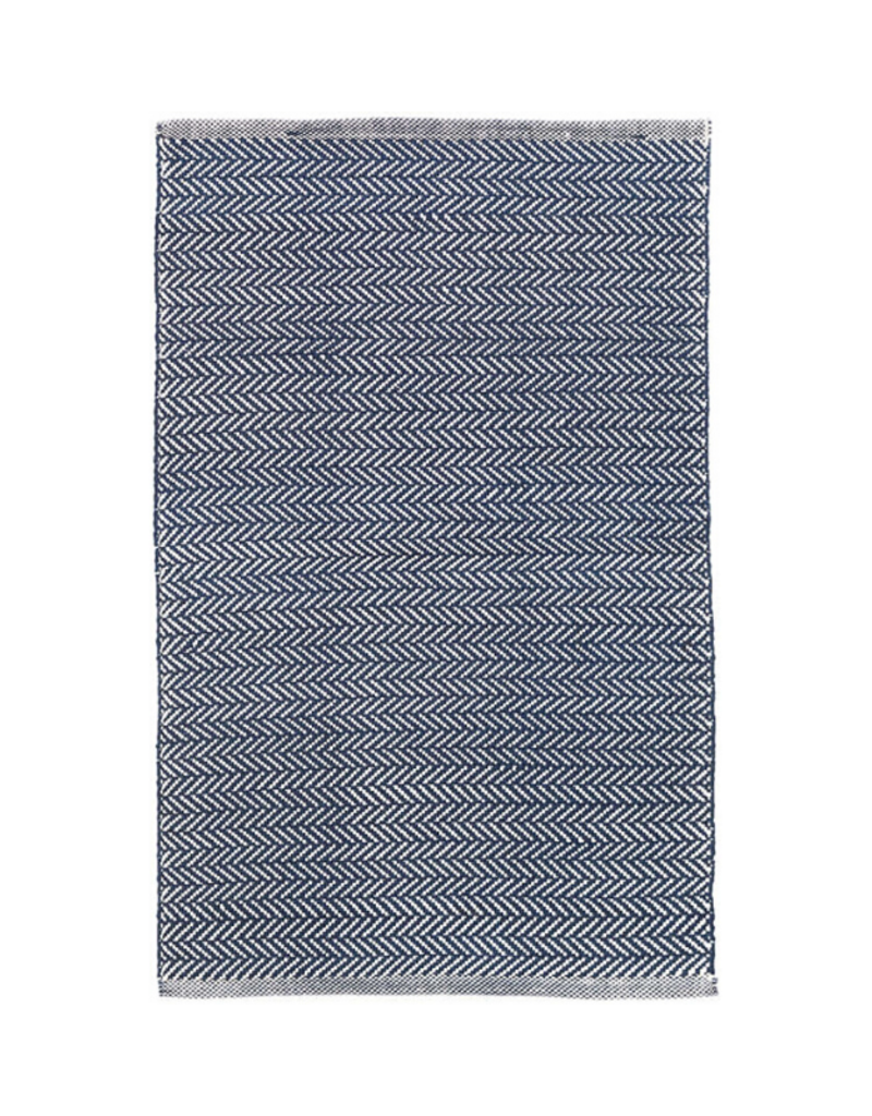 Dash & Albert Dash & Albert  Indoor/Outdoor Herringbone Indigo Rug 2x3