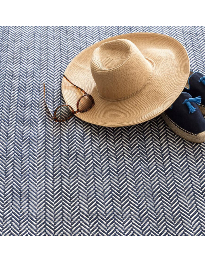 Dash & Albert DASH In/Out 2x3 Herringbone Navy & Ivory