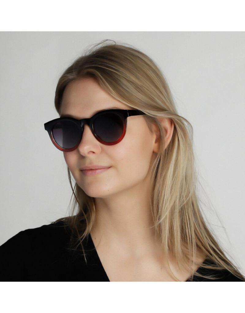PILGRIM Pilgrim Tamara Sunglasses in Red