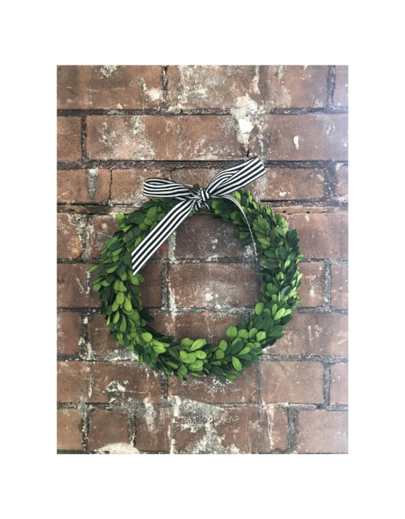 Hofland Boxwood Wreath Round