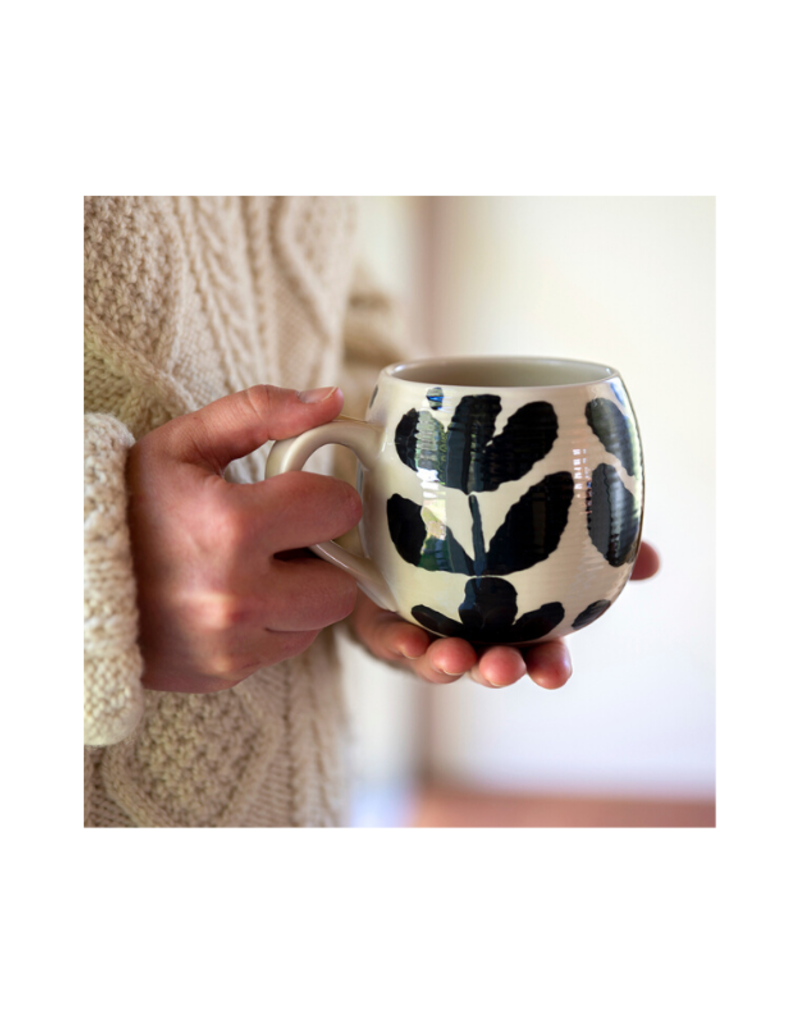 Bold Blooms Mug with Vertical Leaves