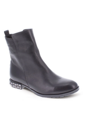 Bueno Aleister Midi-Boot in Black Amalfi Leather by Bueno