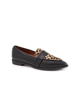 Bueno Barnes Flat in Black Leather & Leopard by bueno