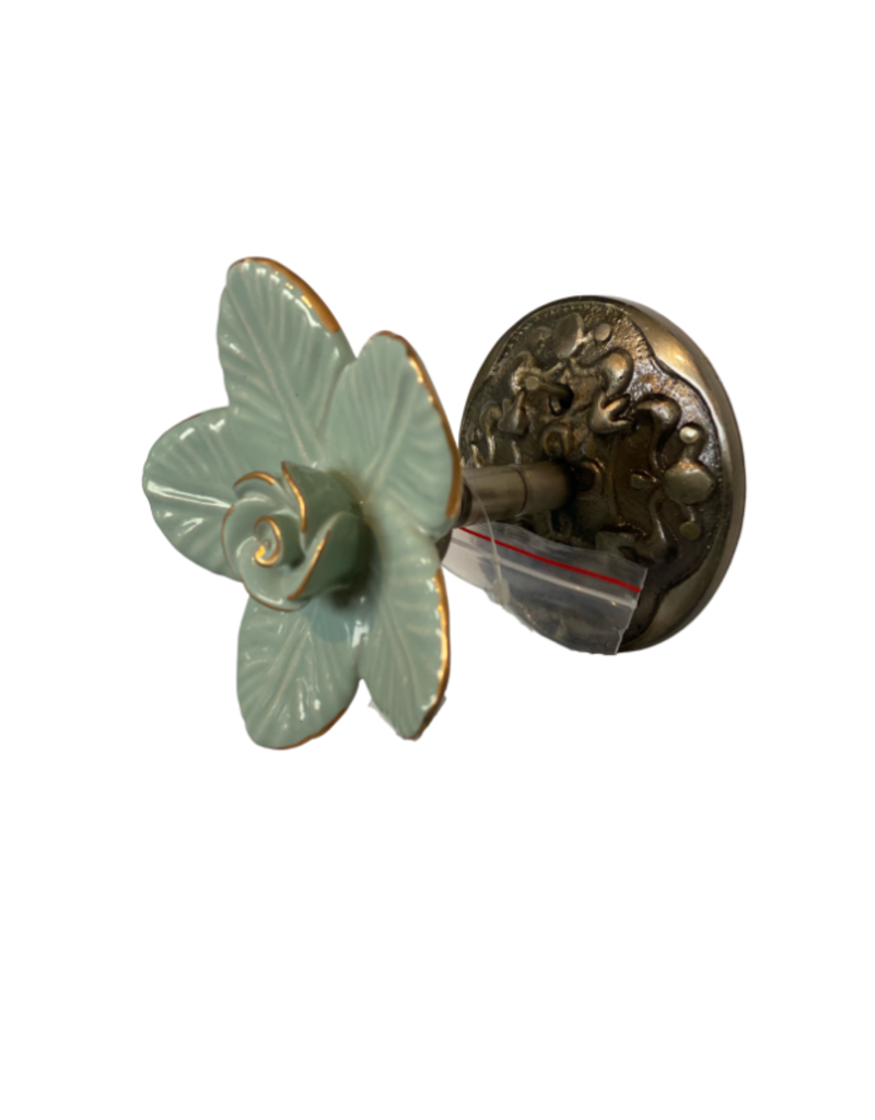 Ceramic Flower Tie Back Green