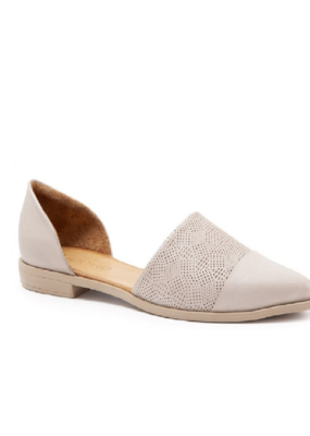 Bueno Bella Flats in Light Grey Leather by Bueno