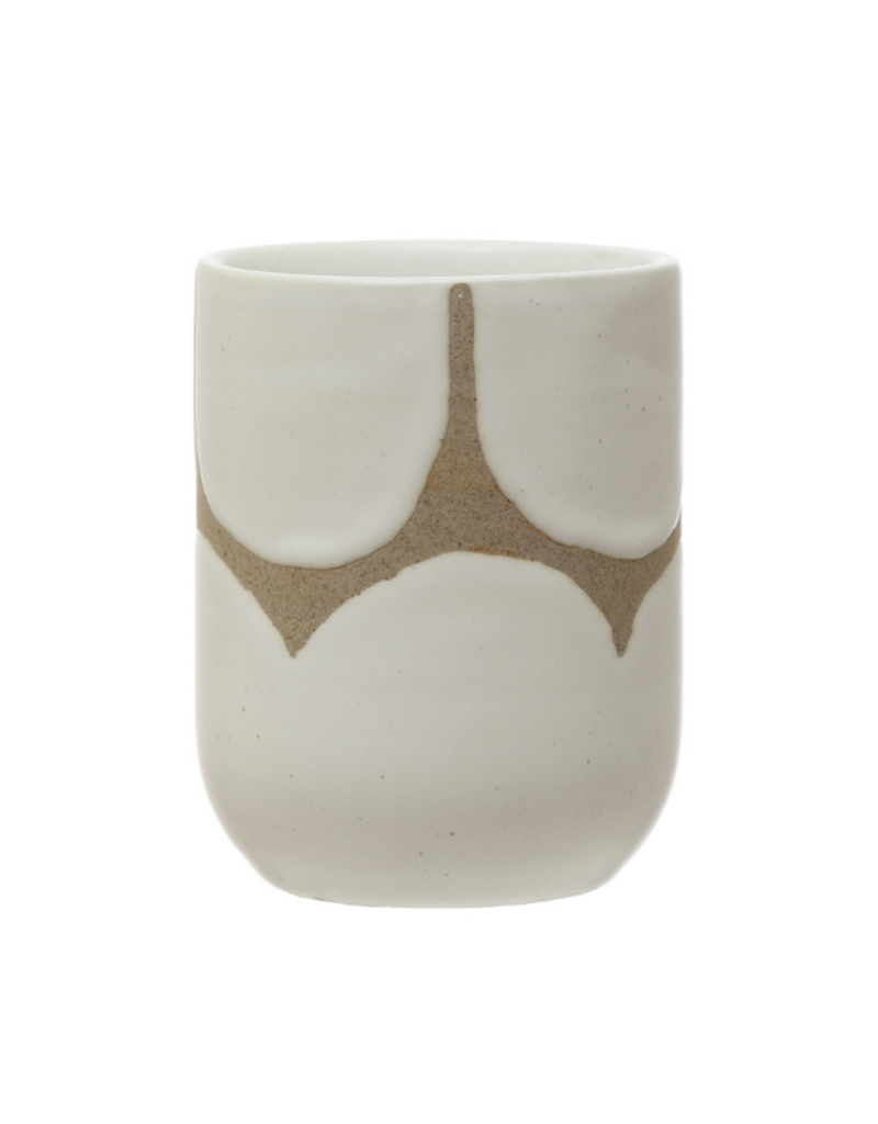 Stoneware Cup with Scallop Design