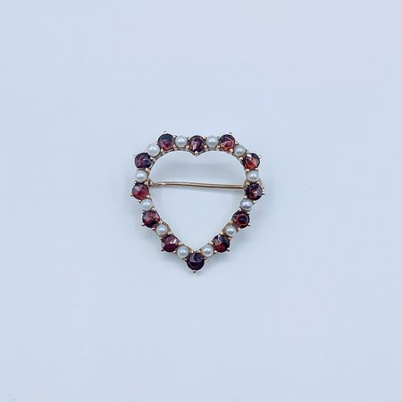 Brooch Heart Pearl and Garnet 14k 219060109