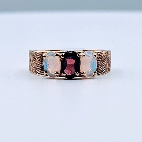 Ring Opal & Garnet Band 10ky Sz6.25 419110638