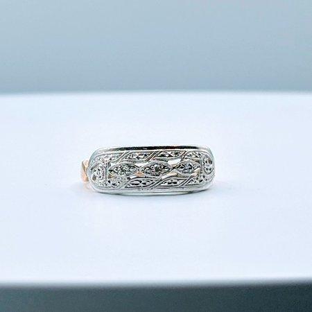 Ring Vintage Diamond .05ctw 14ktt Sz6
