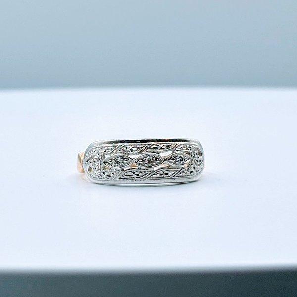 Ring Vintage Diamond(.05ctw)14ktt Sz6 4pc-2